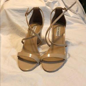 Steven Madden patent bluff block heel sandals